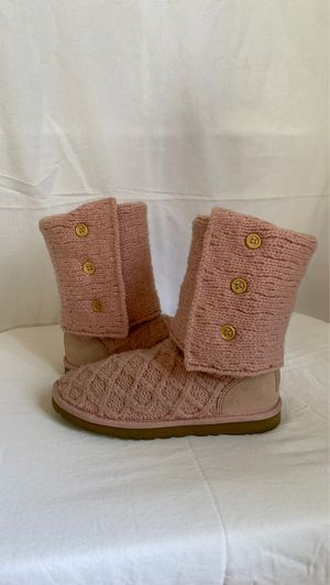 UGG Women's Light Pink Crochet Boots Size 6 🧶👢👢 for Sale in Los Angeles, CA