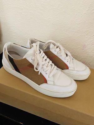 Burberry Sneaker for Sale in San Lorenzo, CA