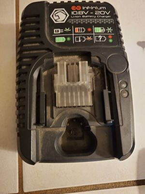 Match 20v 3/8 impact for Sale in Tampa, FL