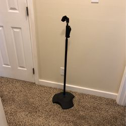 DR pro heavy Duty Microphone Stand for Sale in Kirkland,  WA
