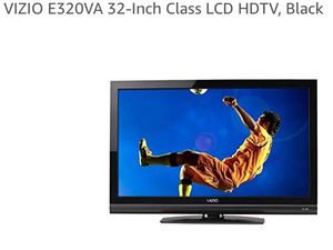 32 inch Clean HD LCD TV with HDMI, USB for Sale in Santa Monica, CA