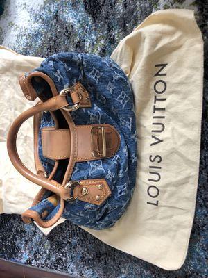 Louie Vuitton for Sale in Alexandria, VA