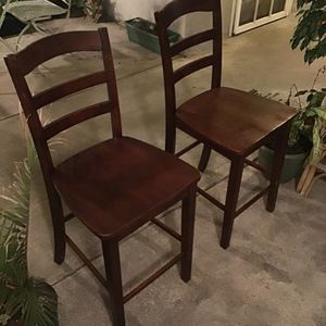 4 ft Wood Bar/Dining Chairs for Sale in San Diego, CA