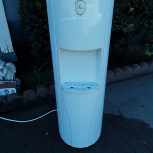 Water Coooler / Heater for Sale in Brea, CA