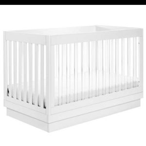 Baby Letto Harlow 3 In 1 Crib for Sale in Greensburg, PA