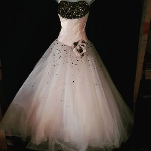 Blush Animal Print Quinceanera Dress for Sale in Garland, TX