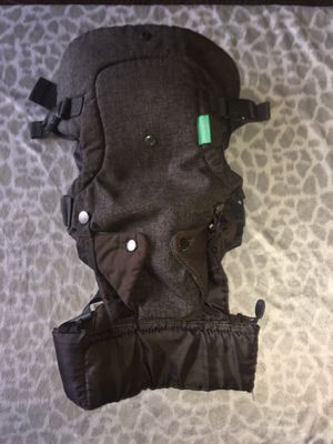 Infantino 4 in 1 baby carrier for Sale in Chula Vista, CA