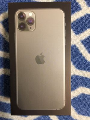 iPhone 11 Pro Max for Sale in Lake Worth, FL