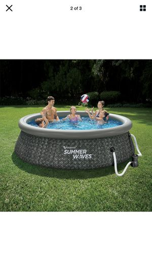 """Summer Waves 10' x 30"""" Quickset Ring Pool w/ Pump for Sale in Chicago, IL"""