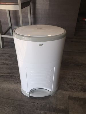 Dekor Diaper Pail for Sale in Suffolk, VA
