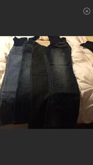 Lot of 4 maternity pants for Sale in Cheyenne, WY