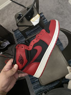 Jordan 1 High (gym red) Strap Size 11 No Strap 8/10 condition $250 obo for Sale in Sun City, AZ