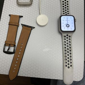 Apple Watch Series 4 44mm Nike + Edition for Sale in Houston, TX