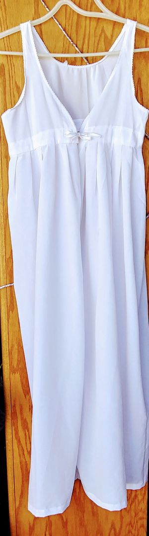 Baptism gown {size large} for Sale in Riverside, CA