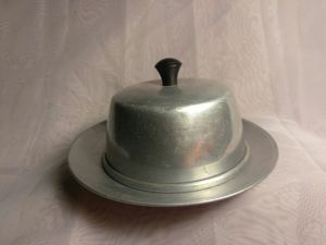 Doll House Vintage Aluminum Metal Cake Pie Plate Single Serv. With Cover Black Handle for Sale in Port Huron, MI