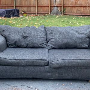 Free Couch for Sale in Teaneck, NJ