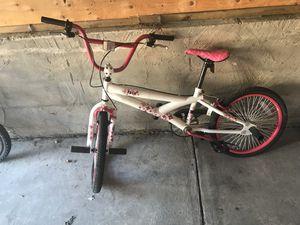 Girls bike for Sale in Detroit, MI