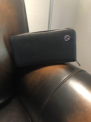 Gucci wallet for Sale in Rancho Cordova, CA