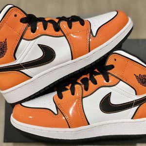 Jordan 1 Mid Turf Orange Size 6 Y for Sale in Orange, CA