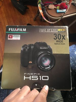 New FUJIFLIM FINEPIX HS10 for Sale in Wichita, KS
