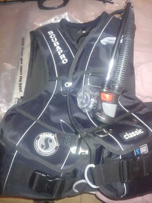 Medium Scubapro BCD with Octo Air 2 for Sale in Santa Ana, CA