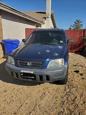 1998 honda crv 2wd for Sale in Apple Valley, CA