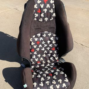 EUC Disney High back Booster Seat 36th St/ Cactus for Sale in Paradise Valley, AZ