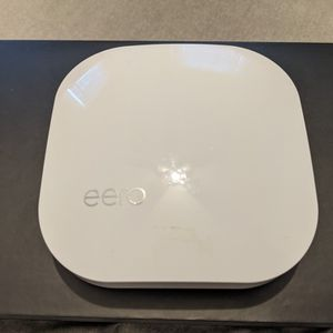 Eero Pro 2 Gen Mesh WiFi Router for Sale in Los Angeles, CA