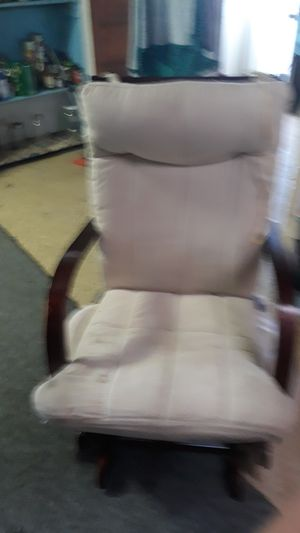 Chair for Sale in White Hall, WV