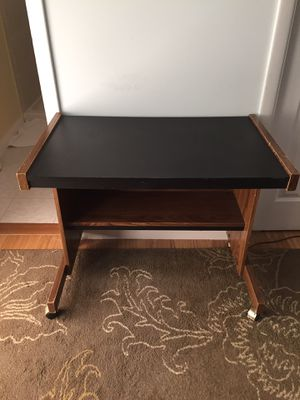 Desk small with wheels for Sale in Sterling, VA