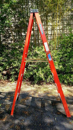 8ft step ladder for Sale in Taylors, SC