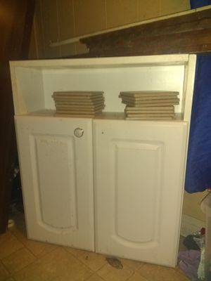 Two-door cabinet with shelf for Sale in Raytown, MO