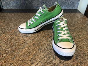 Women's converse shoes size 8 for Sale in Grand Island, NE
