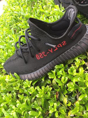 Yeezy Boost 350 V2 for Sale in Annandale, VA
