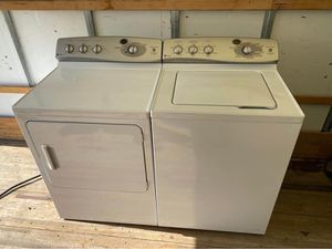 6 Month Old GE Profile Heavy Duty Super Capacity Washer Dryer Set Cost $1,300 for Sale in Strongsville, OH