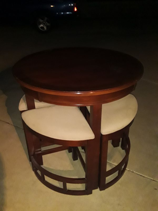 Pub table and four stools