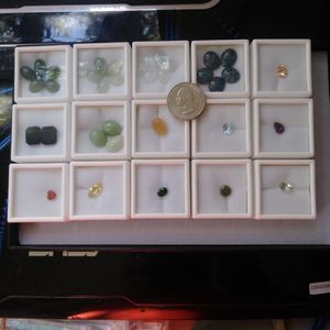 Lot Genuine Earthmine Mix 15 Jars Gemstone Collection More Than 100ct /20g for Sale in Richmond, CA