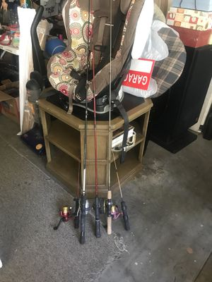 3 regular size and 2 stream size freshwater fishing poles for Sale in Downey, CA