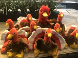 Thanksgiving centerpiece eight baby turkeys and one mama or grandma for Sale in La Habra Heights, CA