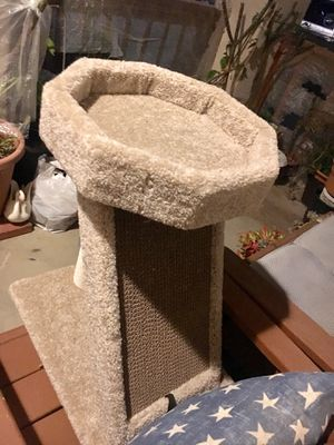 Cat Play Tree for Sale in Anaheim, CA