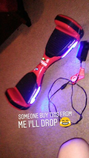 Hoverboard w charger for Sale in San Antonio, TX