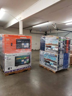Tv liquidation sale !!! Come ASAP! New open box Y9IG for Sale in Temple City, CA