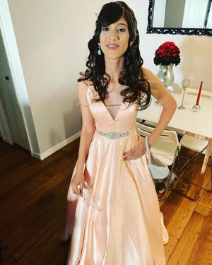 Prom Dress !! Blush color size 3 for Sale in Lake Wales, FL