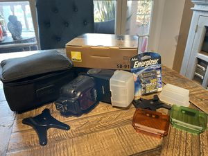 Nikon SB-910 Speedlight Flash in Excellent Condition for Sale in Ladera Heights, CA