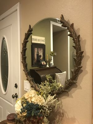 Antique mirror... Not so much Cinderella but more like angry stepmother is my Feedback ! for Sale in Rancho Cucamonga, CA