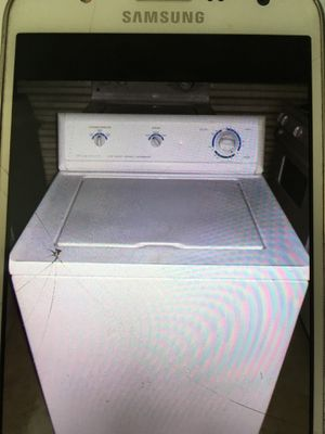 Frigidaire basic washer for Sale in Douglasville, GA