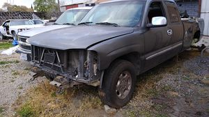 02 GMC SIERRA 5.3 LM7 2WD PARTS N ONLY PARTS $1 M UP for Sale in Stockton, CA