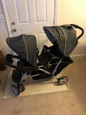 Duo glider double stroller - twin stroller for Sale in Virginia Beach, VA