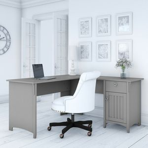 L Shaped Desk - new for Sale in Wildwood, MO