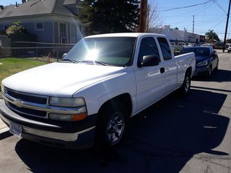 02 Chevy Silverado 1500 $3,800 takes it firm$$ for Sale in San Bernardino,  CA